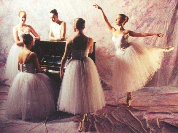 Fond d'écran danse classique - fond d'écran danseuse